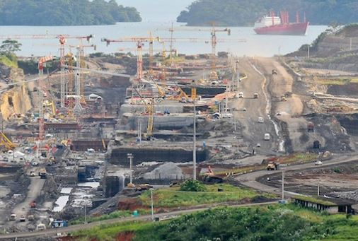 the history and completion of the bridge in panama canal The fourth bridge on the panama canal is one of the emblems projects of juan carlos varela´s administration and with which the government seeks to face traffic.