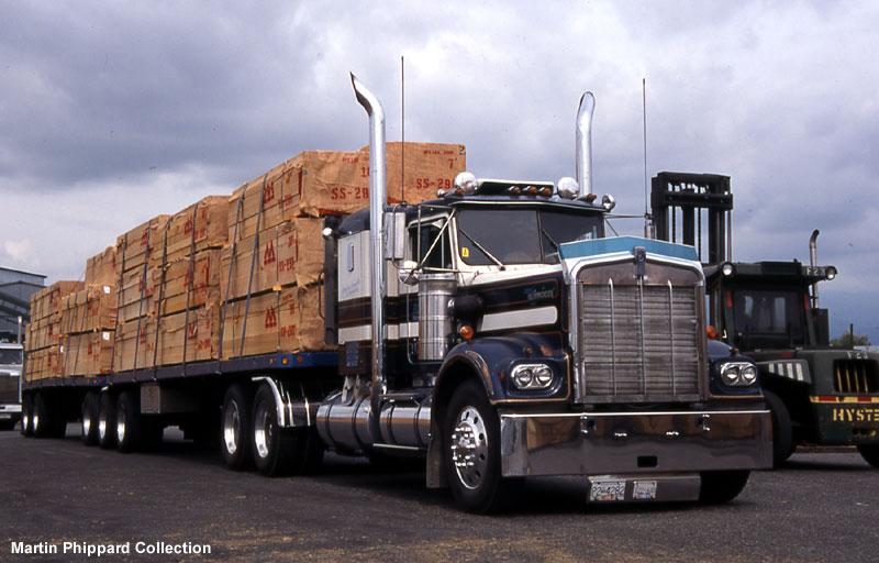 Canadian B Train carrying Lumber Big Truck Guide